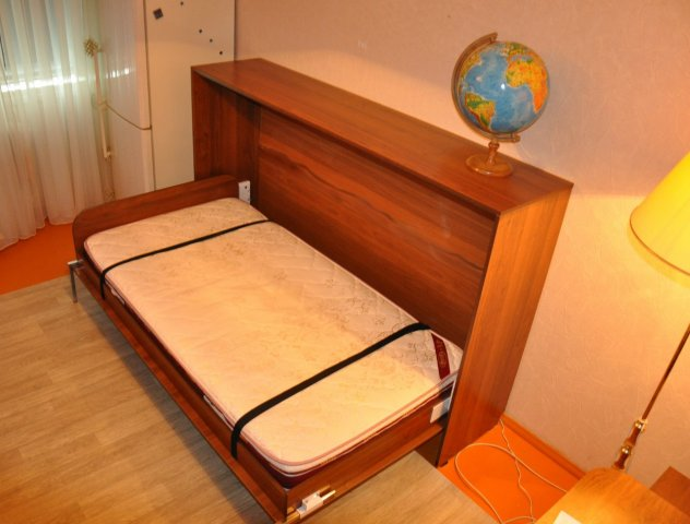 Шкафы-кровати.
